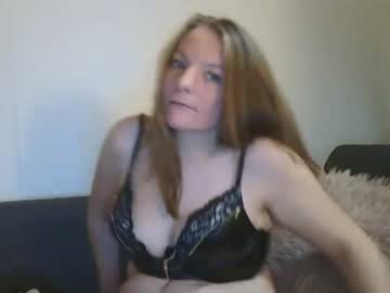 Bra off [700 tokens left]