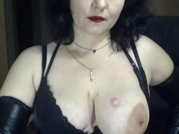 CamWhores This graceti shows naked body on live cam Amateur